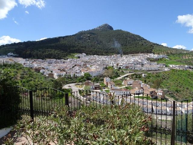 El Gastor panorámica pueblo blanco cadiz Andalucia vistas