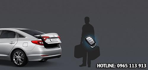 Cốp xe Hyundai Sonata