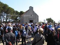 Planinarski križni put Hvarske biskupije Vis - Komiža slike otok Brač Online