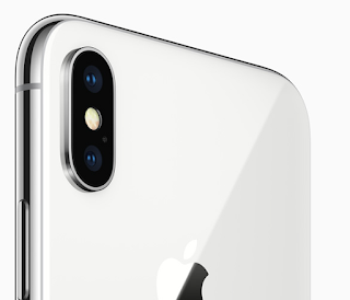 iPhone X camera bumps