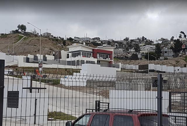 """La Violencia e Inseguridad en Colinas de California, La Rioja Tijuana, Coto Bahía y Bonaterra Residencial está de manifiesto en sus calles y en las oficinas de GIG Tijuana, en donde Raymundo Gómez Flores, Mantiene al Vendedor Alfredo Rocha de la Garza como Gerente de su """"CLAN"""", cometiendo delitos en contra de otros empleados, MOBBING, que han escalado hasta la violencia fisica y condicionamiento de los ingresos ya ganados honestamente."""