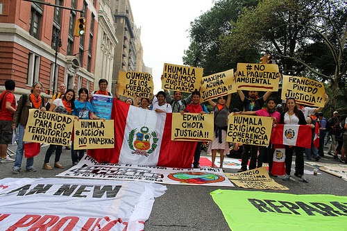 Alejandra OA and Peru Delegation to the People's Climate March in NYC (Credit: Flickr) Click to Enlarge.