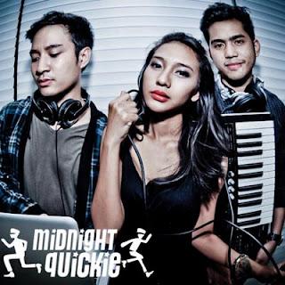Cerita Diantara Kita – Midnight Quickie