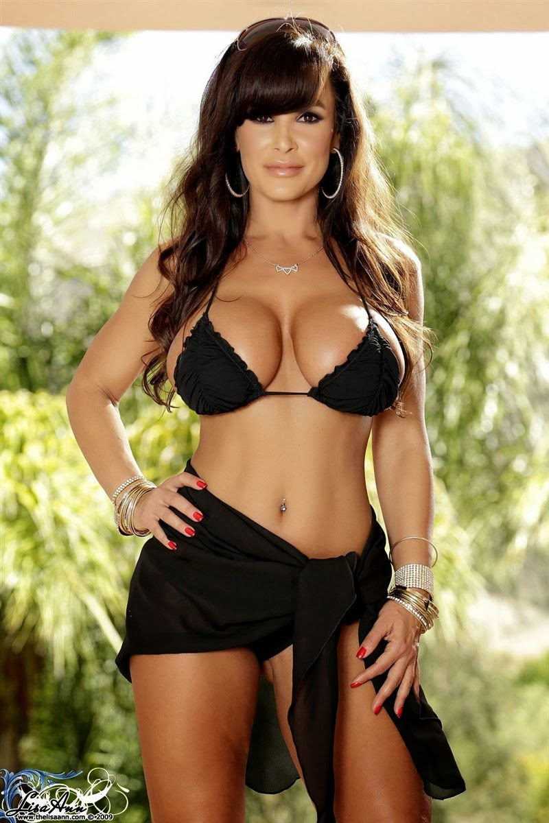 Lisa Ann Strips Off Her Black Bikini On The Patio