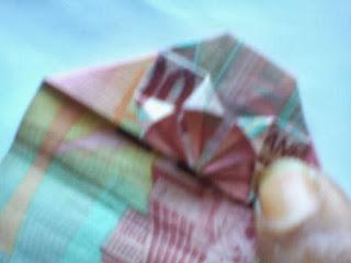 tutorial seni melipat uang-1