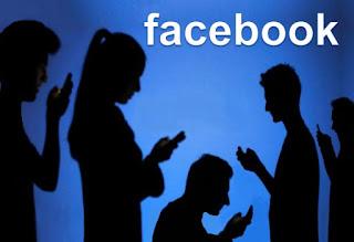 Su Facebook più contatti si hanno meno amici si vedono