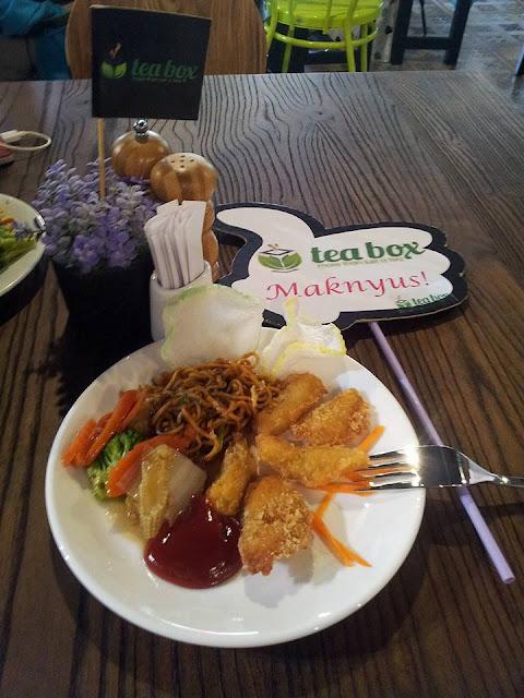 menu tea box cafe