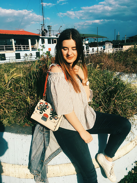http://highheelpoodl.blogspot.rs/2017/05/top-5-embroidered-bags.html