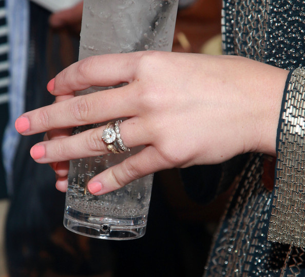 Celebrity Wedding And Engagement Rings: Celebrity Jewelry, Engagement And Wedding Rings Photo