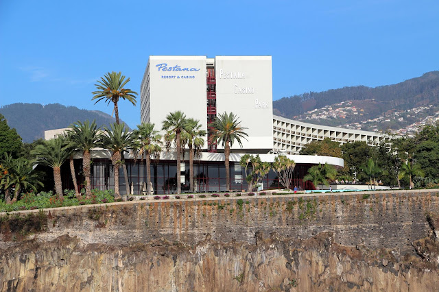 a reference Funchal 5-star hotel