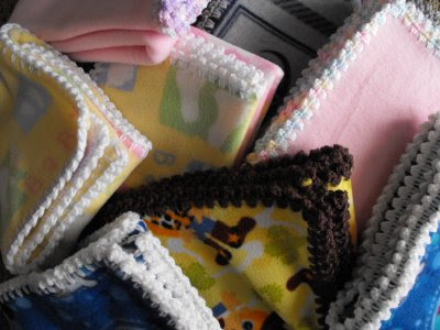 Pattern For Crochet Edging On Fleece Blanket Easy