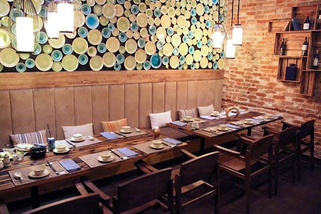 Home restaurant in Hanoi, Vietnam - lifestyle & travel blog