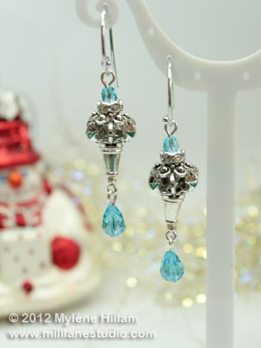 "Quick and easy ""Frozen"" dangle earrings using acrylic snowflake beads and crystals"