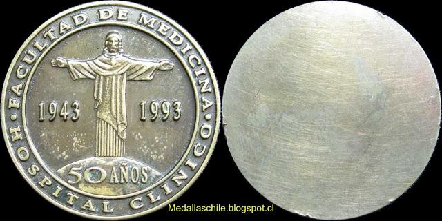 Medalla Hospital Clinico UC Cincuentenario 1943 1993
