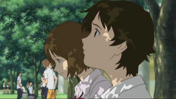 Makoto hangs out with her friend in The Girl Who Leapt Through Time.