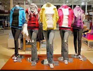 Hukum Memakai Pakaian Ketat