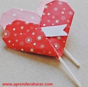 http://www.aprenderahacer.com/corazones-de-papel/
