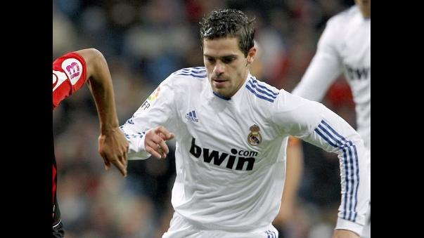 BOMBA! Corinthians perto de negociar com volante ex-Real Madrid