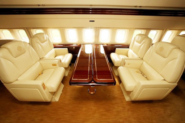 6 PHOTOS that show the inside of Donald Trump's plane...Watch Video!!!