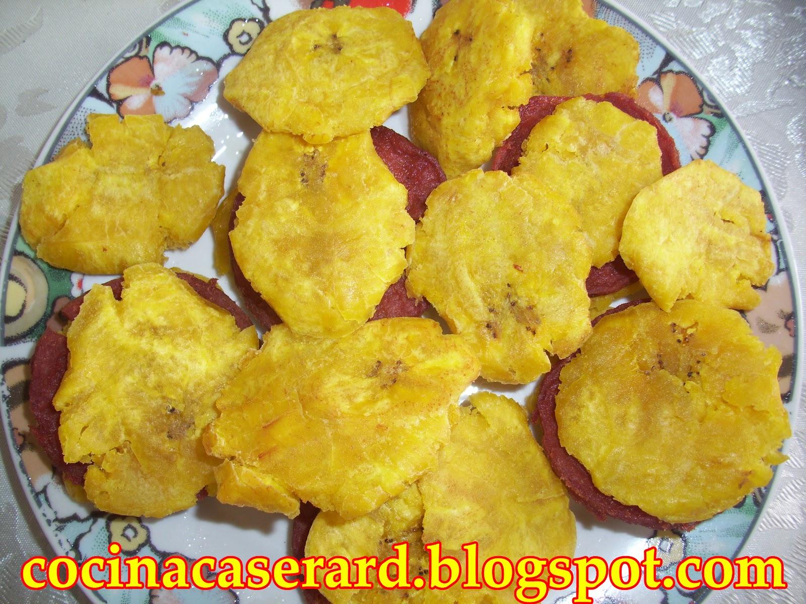 Cocina Casera República Dominicana Fritos De Plátanos Verdes Con Salami