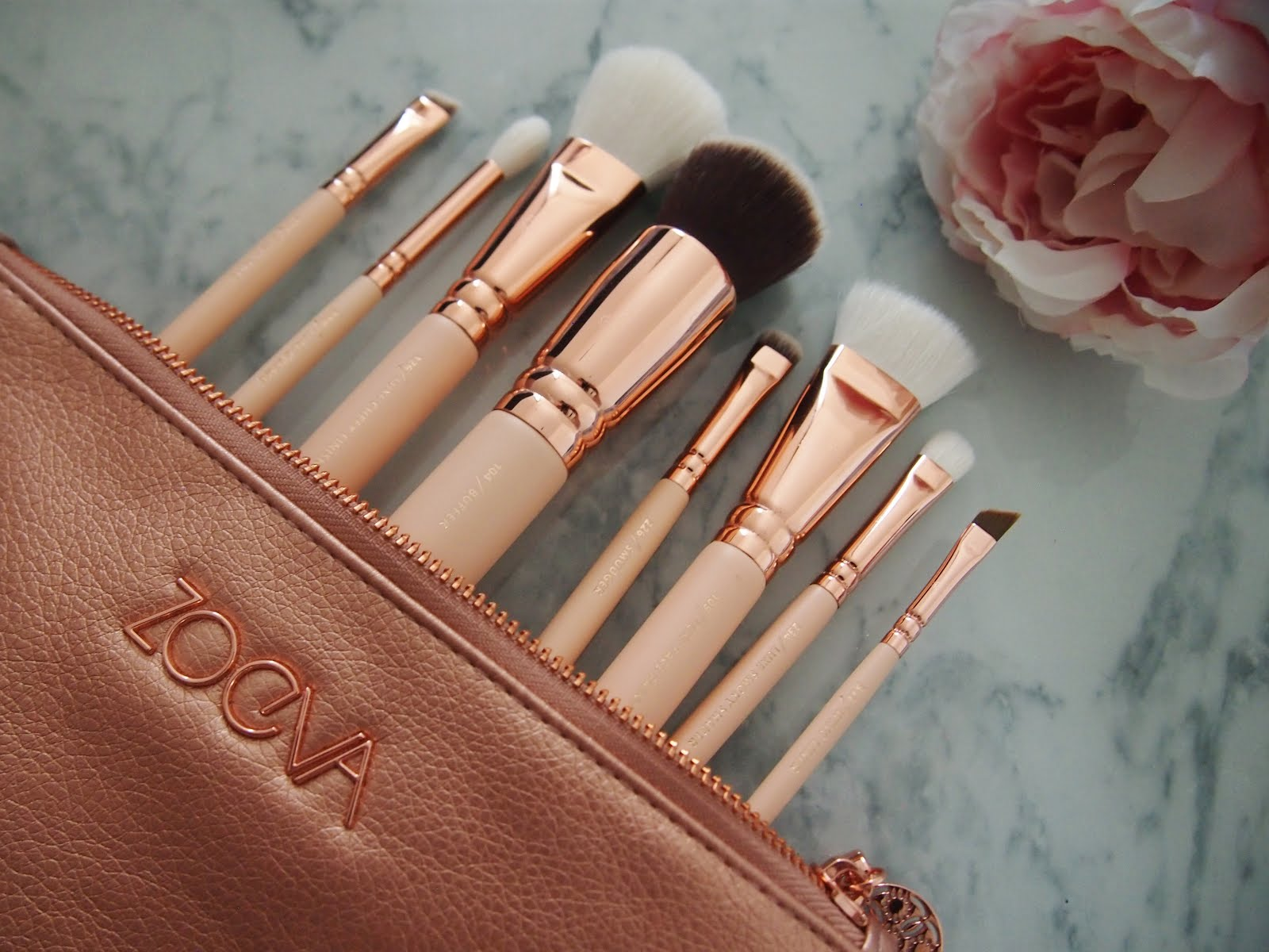 zoeva rose golden luxury set volume 2