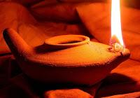 La Sacra Scrittura è luce per la preghiera e la meditazione personale.