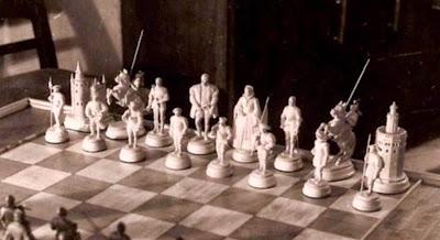 Segundo juego de ajedrez, piezas blancas