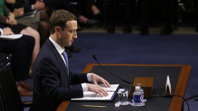 """Quando perguntado se o Facebook incluirá uma versão paga de seu serviço, o CEO do Facebook, Mark Zuckerberg, respondeu: """"sempre haverá uma versão do Facebook que seja gratuita""""."""