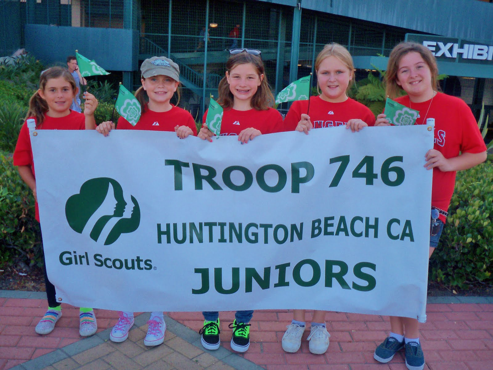 HUNTINGTON BEACH GIRL SCOUT TROOP 746: 2nd ANNUAL BANNER