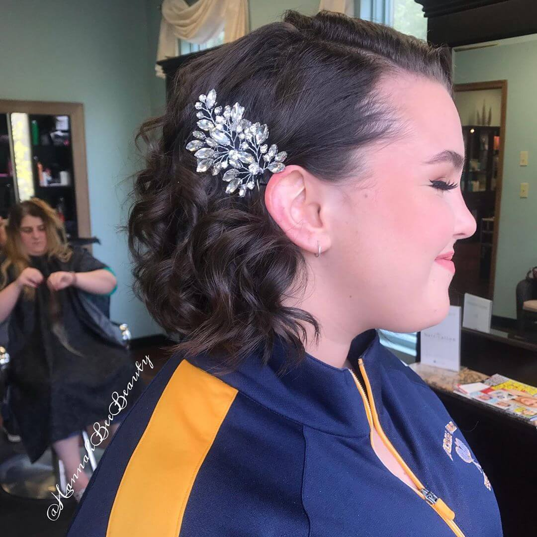 many women go into selecting the right dress to wear ✘ 23+ Pretty Prom Hairstyles for medium and Short Hair To Copy In 2020