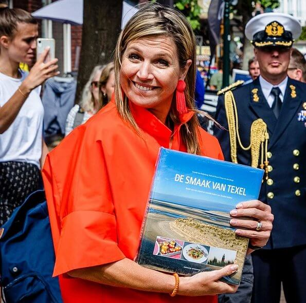 Queen Maxima wore Natan jacket and Natan wide-leg trousers