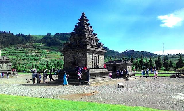 Wisata di Candi Dieng Wonosobo Jawa Tengah