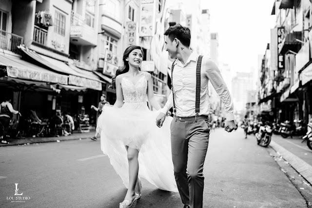 Bộ ảnh cưới lãng mạn với cảnh đẹp hoa lệ Sài Gòn