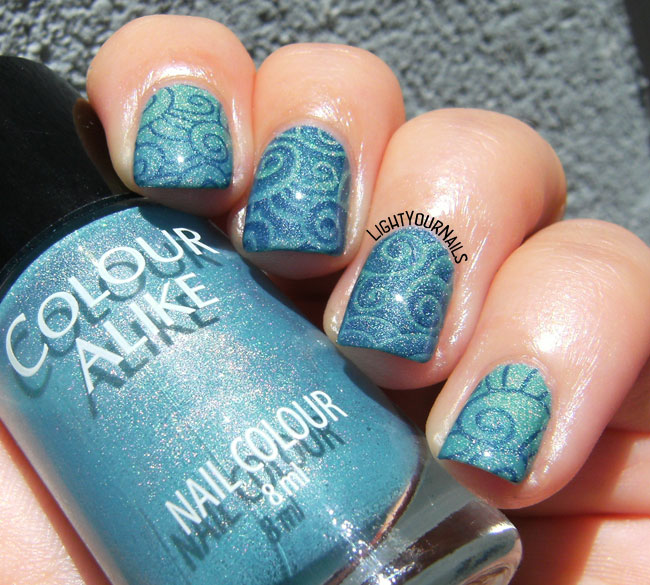Blue and green stamping nail art