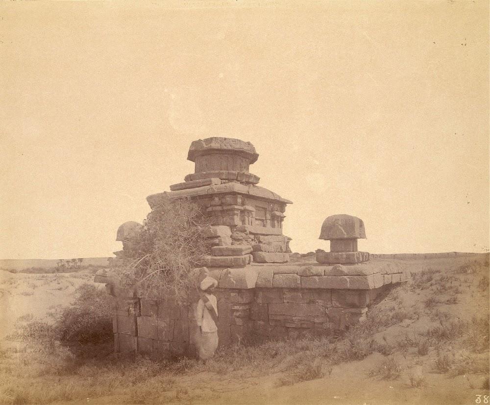 Small Temples North of the Village of Mamallapuram in Tamil Nadu - c.1885
