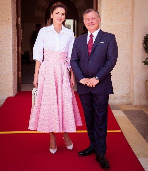 King Abdullah II of Jordan and Queen Rania of Jordan welcomed President Alexander Van der Bellen of Austria and his wife Doris Schmidauer in Amman
