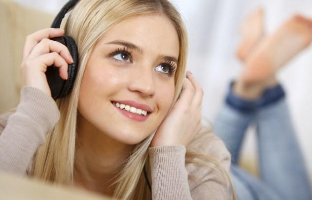 headset terbaik dengar musik