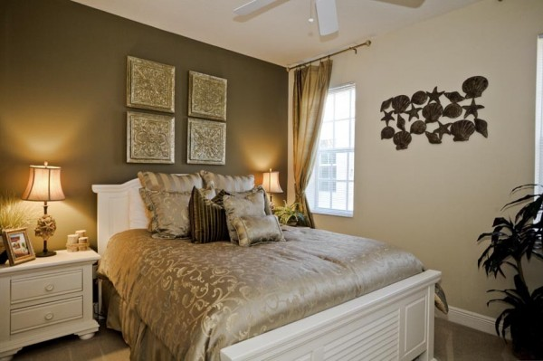 C mo pintar el dormitorio matrimonial dormitorios con estilo - Pintar pared dormitorio ...