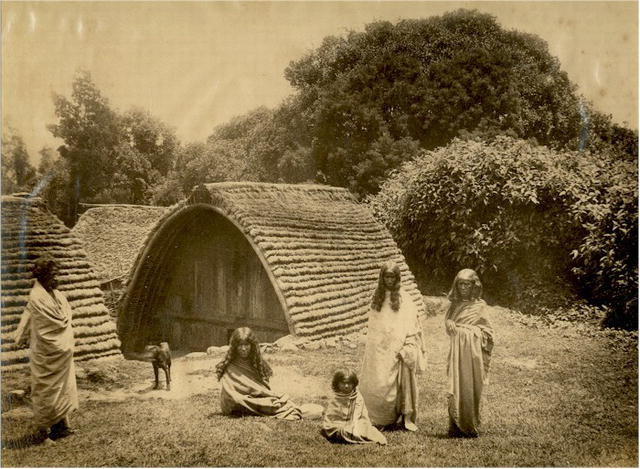Fort Davis Tx >> Toda People in front of their Hut in the Nilgiri Hills ...