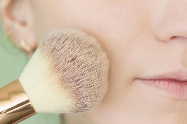 Повседневный макияж бюджетной косметикой: шаг 12