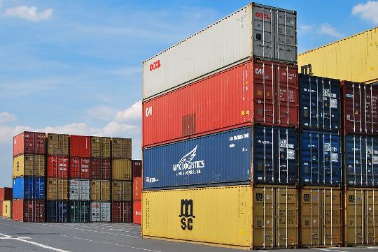 Las exportaciones de la Comunitat crecen un 9,8% en el mes de agosto
