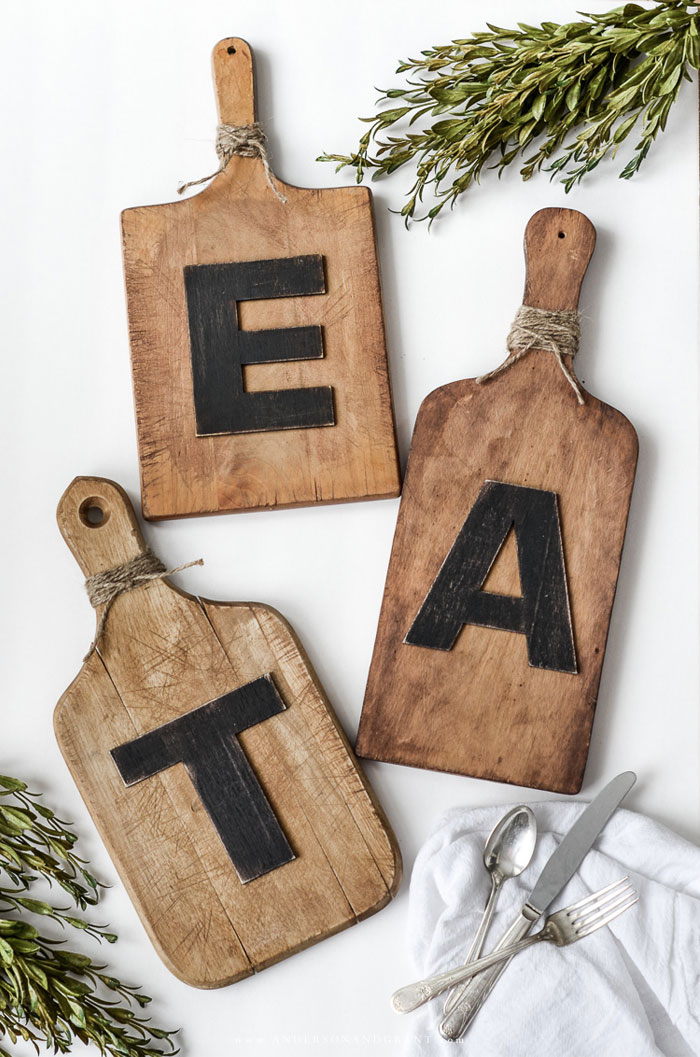 EAT cutting board sign