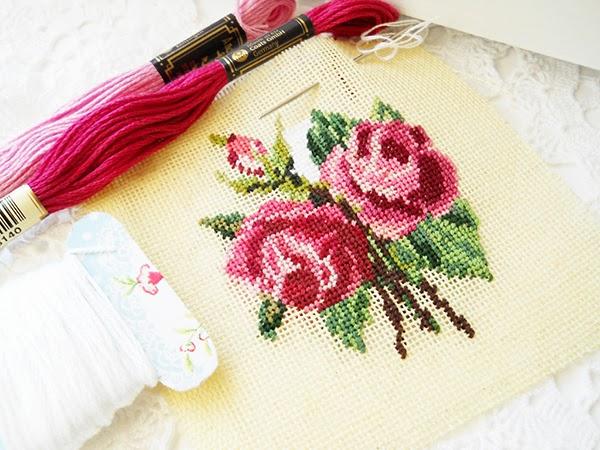 Rose Cross Sttich/Tapestry