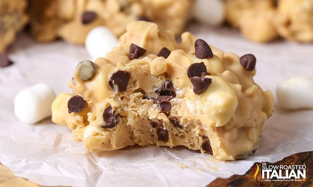 http://theslowroasteditalian-printablerecipe.blogspot.com/2016/12/no-bake-avalanche-cookies.html