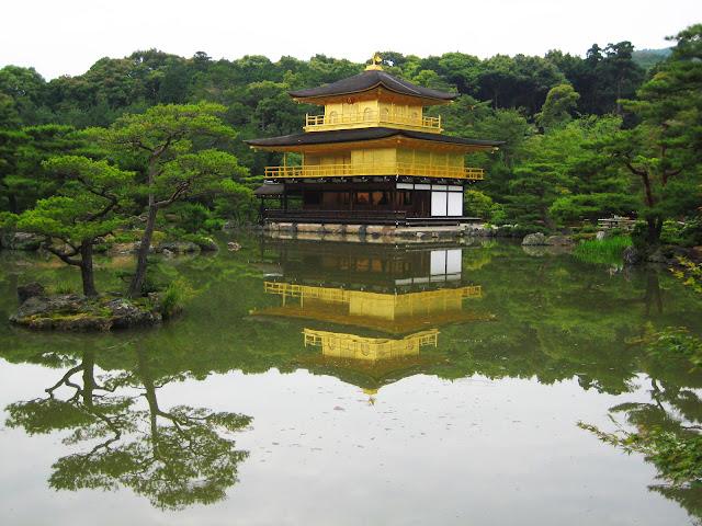 Muito-mais-que-seis-perguntas-a-Joao-Aguiar-Japao-Quioto-Templo-Dourado-armazem-ideias-ilimitada