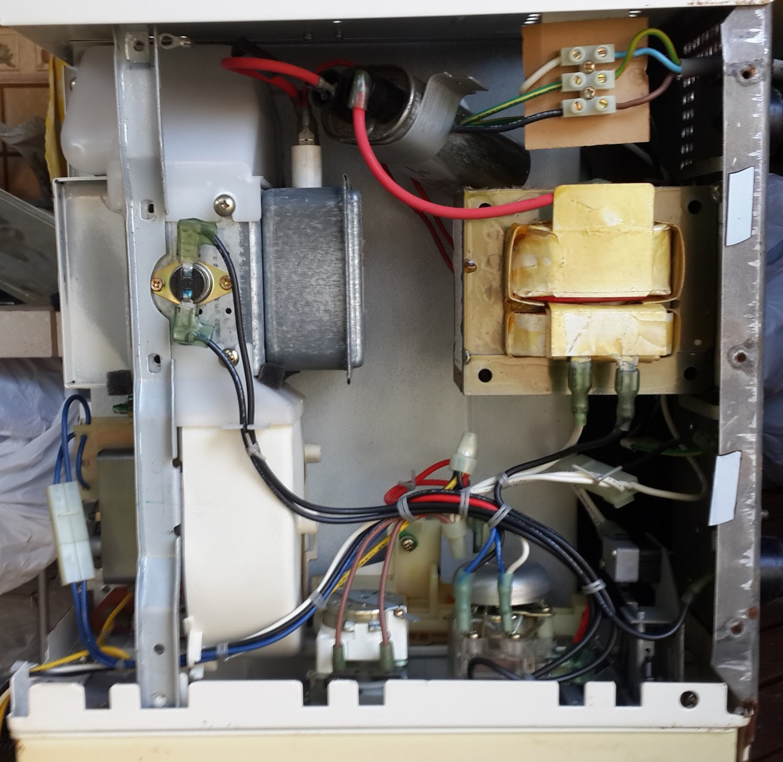 Esalvage Microwave Oven Teka Mw 170 Mechanical Timer Wiring Diagram I Have Dismantled The Parts And Is Ok