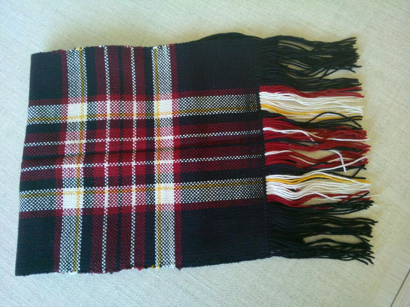 Weaving, knitting, crocheting   : KnitPicks scarf  First