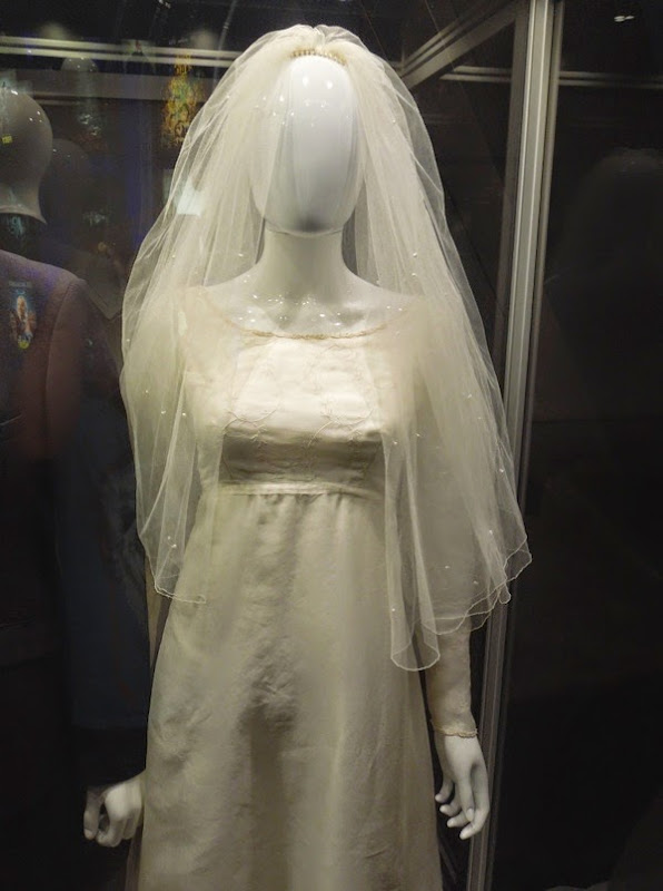 Felicity Jones Theory of Everything wedding dress