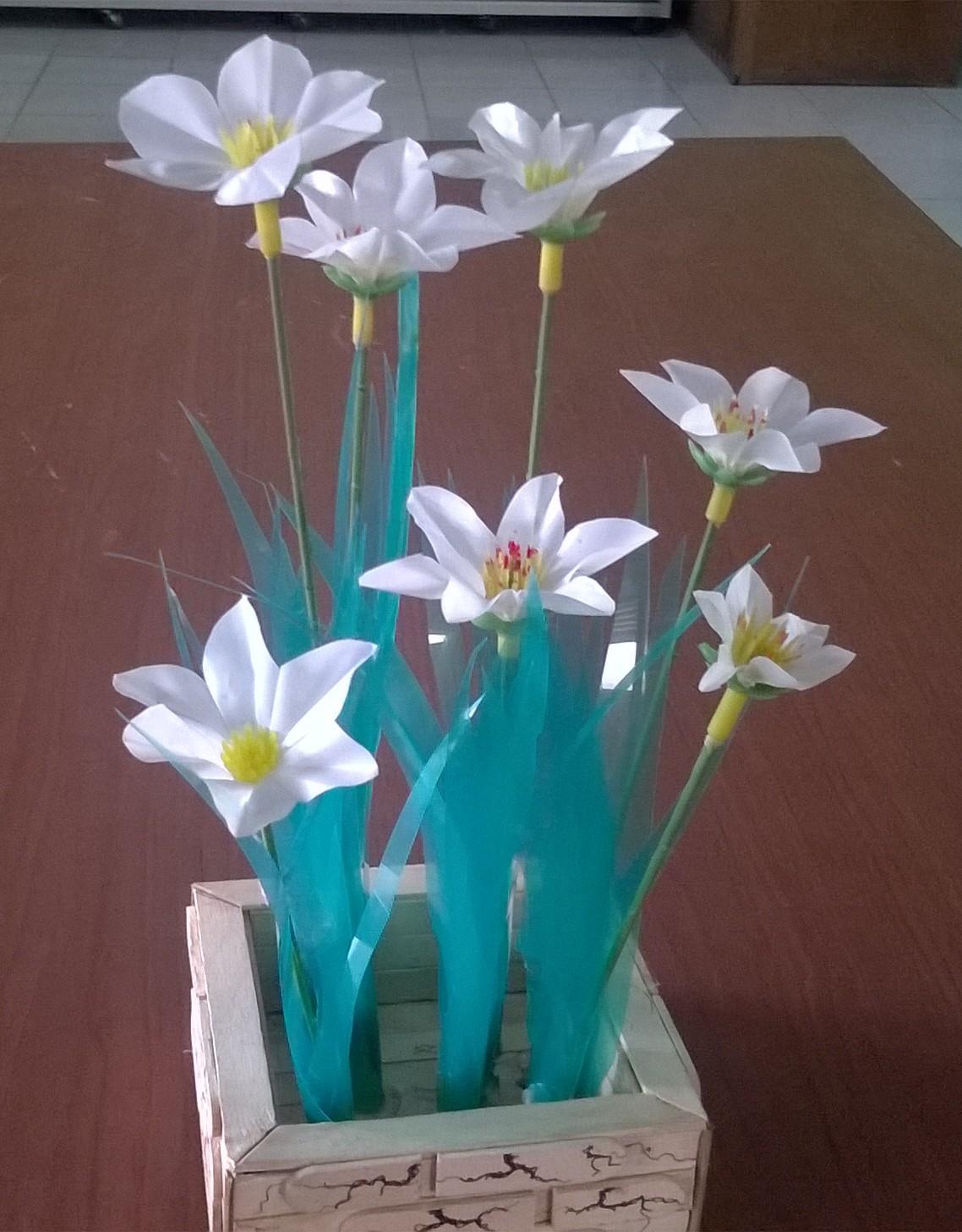 Kerajinan Dari Limbah Bunga Dari Limbah Plastik