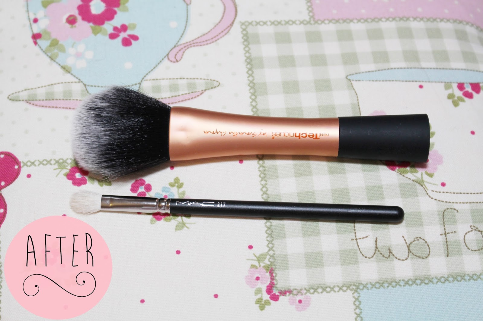 How I clean my makeup brushes with baby shampoo